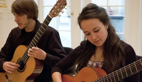 classical-guitar students